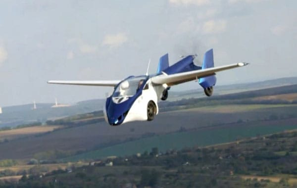 Aeromobil 3.0 Flies